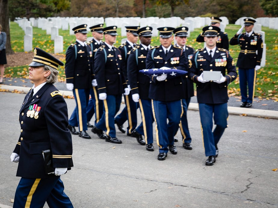 US Army Casket Team on Eisenhower Drive Arlington National Cemetery | Arlington media, inc.
