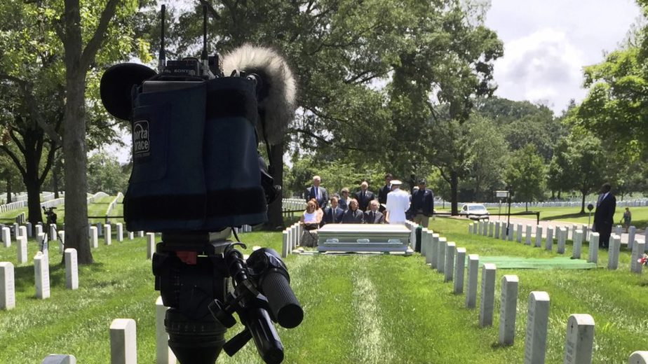 Covering a service in Arlington National Cemetery Section 60 with the US Navy | Videography Arlington | Arlington media, inc.